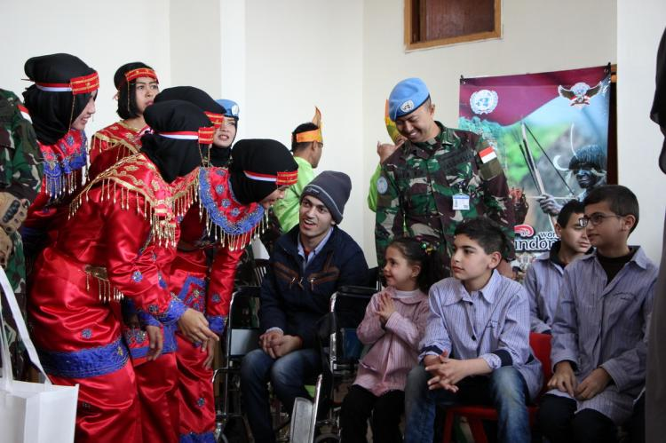 Satgas Indobatt Konga XXIII-M Gelar Education Program di Lebanon Selatan
