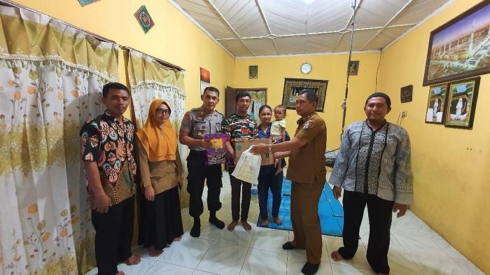 Peduli Balita Gizi Buruk, Polsek Tanjung Morawa bersama Forkopimka Berikan Bantuan