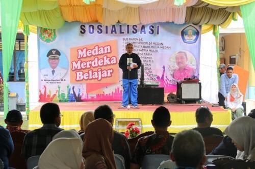Medan Merdeka Belajar SMPN 24, Plt Wali Kota Inginkan Guru Tanamkan Pendidikan Karakter kepada Siswa