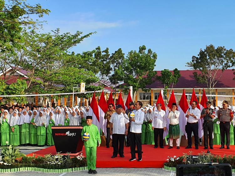 Presiden Jokowi Resmikan Rehabilitasi dan Renovasi Madrasah di Pekanbaru