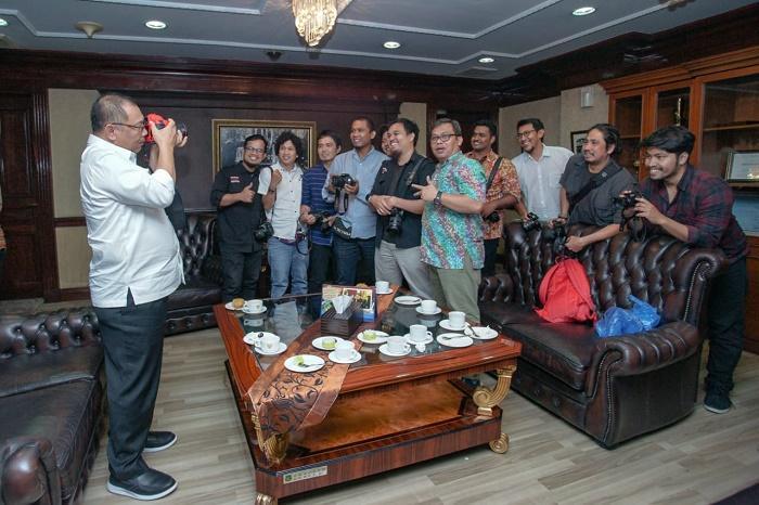 Akhyar Nasution Ajak Fotografer Bikin Cantik Medan Lewat Visual di HUT PFI Medan ke-16