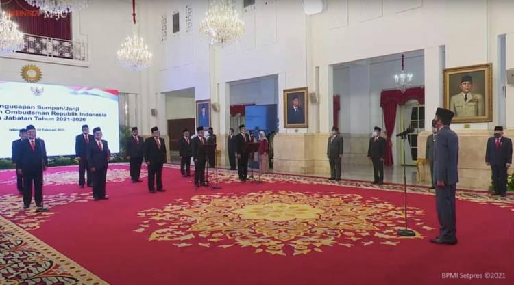 Presiden Jokowi Saksikan Pengucapan Sumpah/Janji Anggota Ombudsman Republik Indonesia