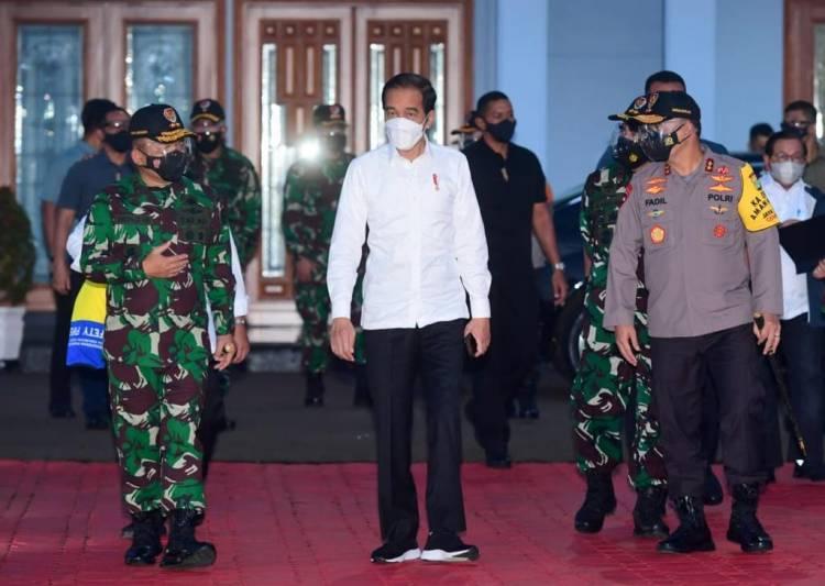 Bertolak ke NTT, Presiden Tinjau Lumbung Pangan dan Resmikan Bendungan Napun Gete