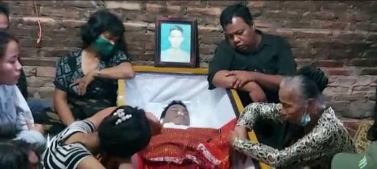 Pemakaman Korban Penembakan Bripka Cs, Kapolsek Medan Timur Melayat ke Rumah Duka Alm Feri Saut Simanjuntak