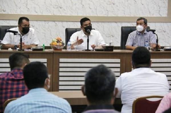 Walikota Medan Bobby Nasution: Camat Harus Miliki Standart Kerja yang Baik