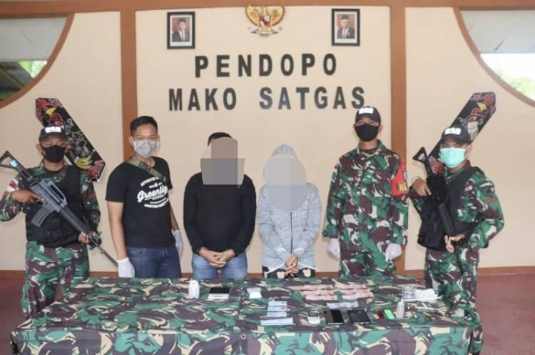 Bawa Sabu di Tapal Batas, Pengedar Narkoba Ditangkap Satgas Pamtas Yonif 642 Saat Operasi Sweeping Kendaraan