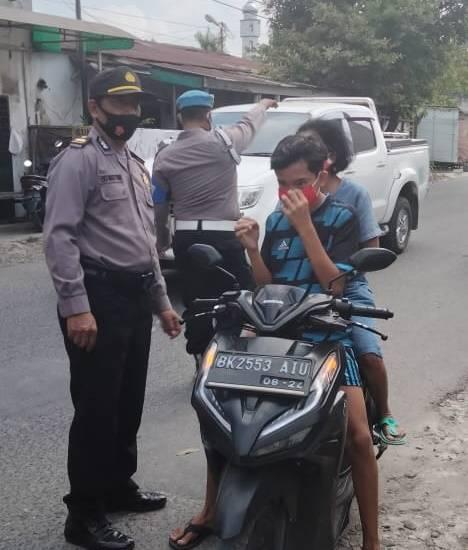 Langgar Prokes, 24 Warga Terima Sanksi Sosial di Jalan Cemara Medan
