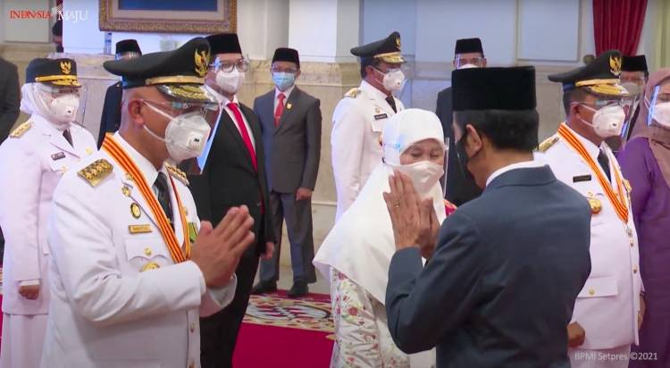 Presiden Lantik Gubernur dan Wakil Gubernur Sumbar, Kepri, dan Bengkulu