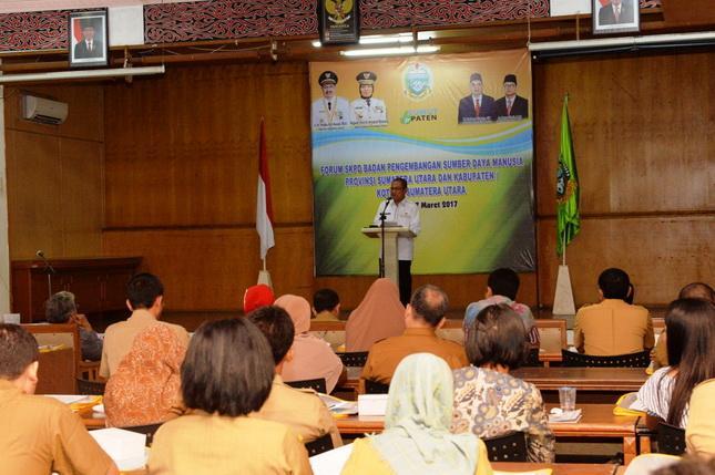 Sekda Provsu Buka Forum SKPD Badan Pengembangan SDM