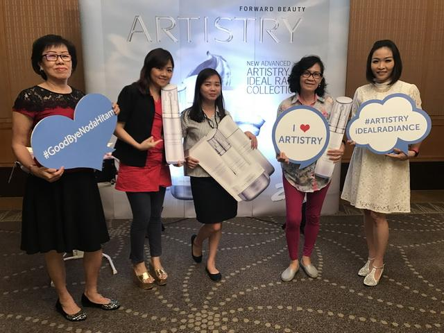 Amway-Artistry Luncurkan Ideal Radiance Collection Say Goodbye Noda Hitam