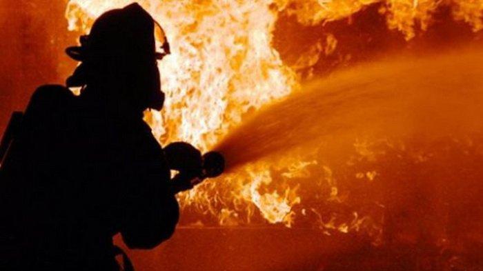 Kebakaran Gudang Sekolah AR Rahman YP Trikarya di Helvetia