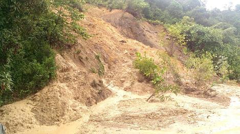 Longsor di Tapanuli Tengah Diakibatkan Curah Hujan Tinggi dan Tanah Gunung Labil