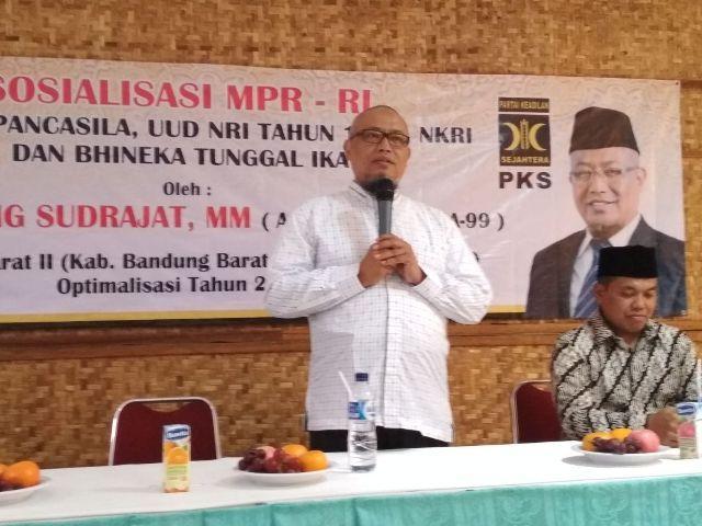 Sosialisasi MPR: Hadapi Pilkada Serentak  2018 dengan Kerukunan dan Gotong Royong