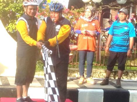 Walikota Sibolga dan Bupati Tapteng Lepas Peserta Fun Bike 2018
