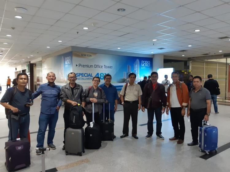 Prof Tahir Kasnawi Pimpin Kafilah Unhas ke  Konfrensi Sosiologi di Medan