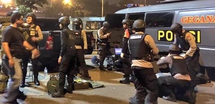 Sisa Bom Sibolga Diledakkan Secara Bertahap oleh Tim Densus 88 dan Gegana