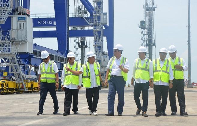 Kunjungi Batubara, Menko Kemaritiman Apresiasi Pelabuhan Kuala Tanjung