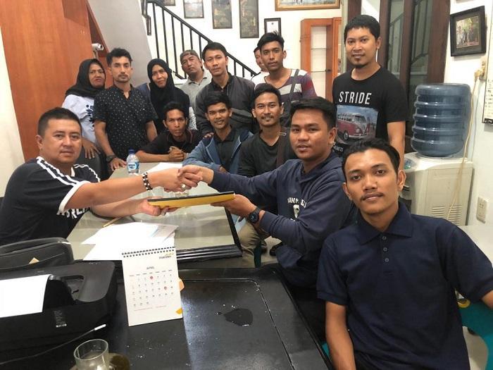 Mengaku Diberhentikan Sepihak, Karyawan JNT Mengadu Ke Anggota DPRD Sumut