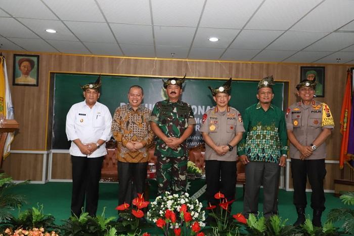 Ratusan Mahasiswa Universitas Muhammadiyah Riau Ikuti Kuliah Umum Panglima TNI