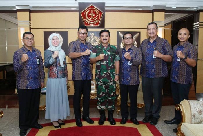 433 Desa di Maluku dan Papua Bakal Dialiri Listrik, TNI Siap Bantu PLN Lakukan Pengamanan