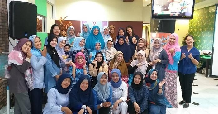 Sekolah Emak Ajarkan Ibu-Ibu Kota Medan Pentingnya MPASI dalam Tumbuh Kembang Bayi