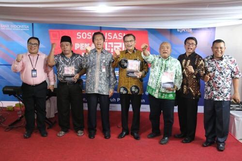 Bank Indonesia Sosialisasikan QRIS di Pasar Petisah Medan