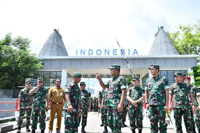 Kasum TNI Tinjau Pos Pengamanan Perbatasan RI-Timor Leste