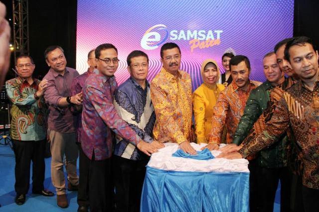 Gubsu Luncurkan e-Samsat PATEN dan Samsat Masuk Kampung