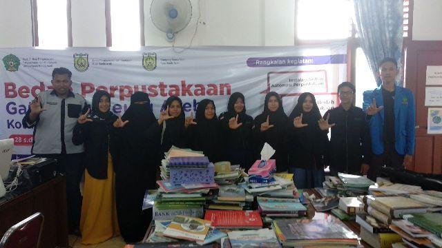 FAH UIN Ar-Raniry dan ALC Bedah Perpustakaan Gampong Neusu Aceh