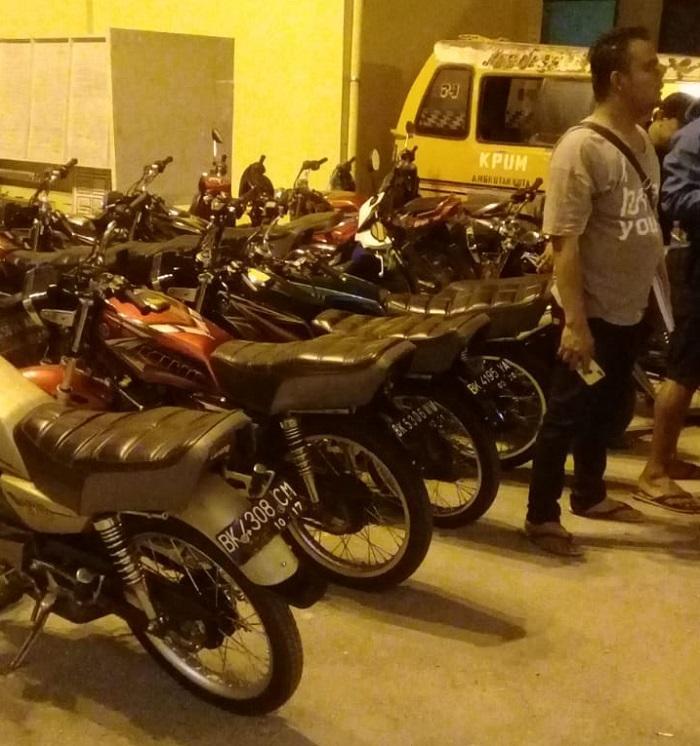 Razia Balap Liar, Polsek Sunggal Amankan 16 Sepeda Motor