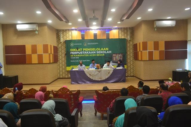 Pengelola Perpustakaan Sekolah se-Aceh Besar Dibekali Diklat Perpustakaan