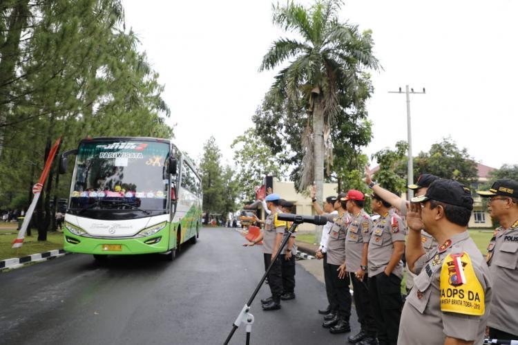 Amankan Pemilu, 414 Personel Poldasu Dilepas ke Tujuh Wilayah