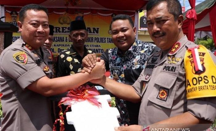 Polres Tanjungbalai Terima 1 Mobil Patroli dari Pemko, Poldasu Hibahkan 2 Sepeda Motor untuk Lurah