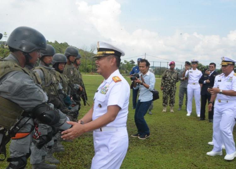 Paramiliter Bakamla Akhiri Latsarmil dengan Sumpah Setia Penjaga Lautan Nusantara