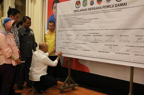 Walikota Medan Ajak Seluruh Masyarakat Terus Berusaha Menjaga Pemilu yang Aman dan Damai
