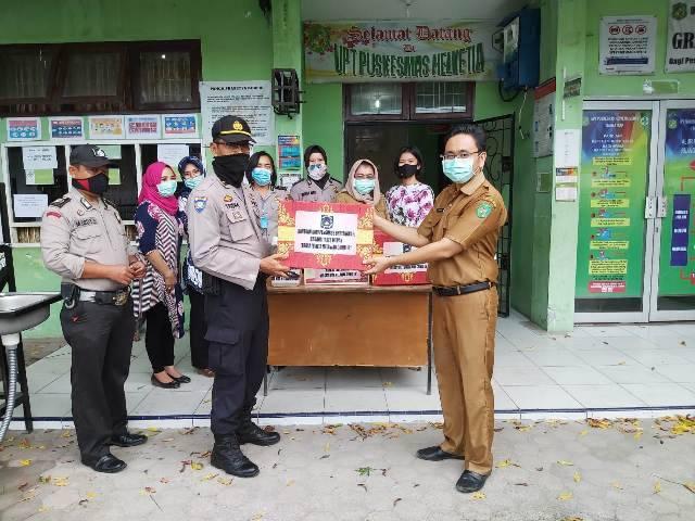 Bhayangkari Polrestabes Medan Serahkan Bantuan Alat Medis ke Puskesmas Helvetia