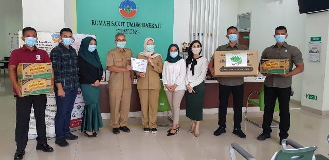 Perempuan Tani HKTI Berbagi Ribuan Masker untuk Tenaga Medis DKI Jakarta