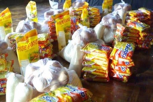Bhayangkari Polres Tanjung Balai Bagikan 50 Paket Sembako untuk Warga Terdampak Corona