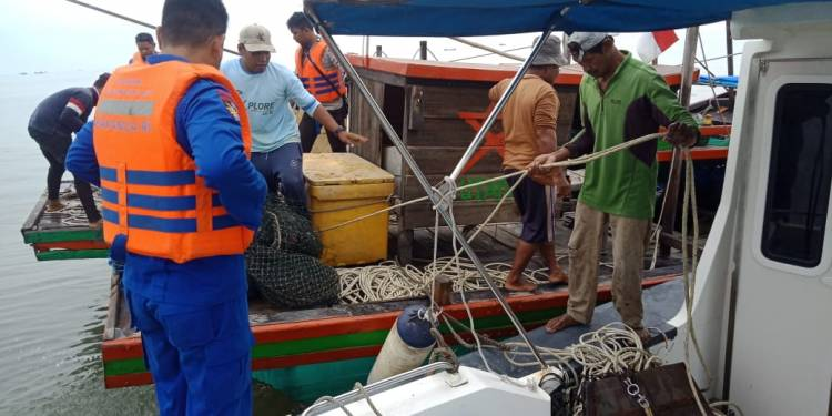 Satpolair Amankan Dua Kapal Pukat Trawl di Perairan Serdang Bedagai