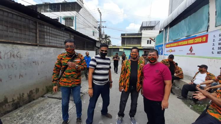 Polsek Medan Area Bersama MPI Sumut dan Satu Hati Salurkan Bantuan 2, 5 Ton Beras untuk Masyarakat Kurang Mampu