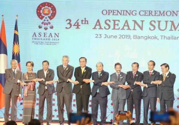 Indonesia Dorong KTT Istimewa ASEAN dan ASEAN Plus Three lawan Covid-19