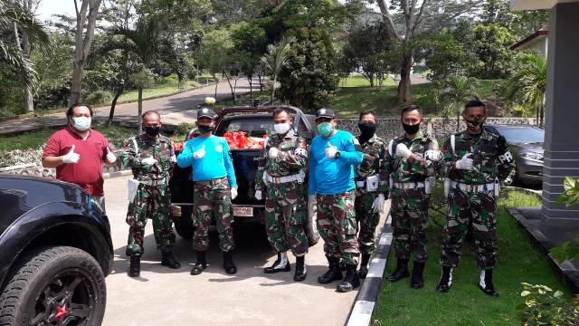 PMPP TNI Salurkan Bansos untuk Warga Terdampak Covid-19 di Tiga Desa Kabupaten Bogor