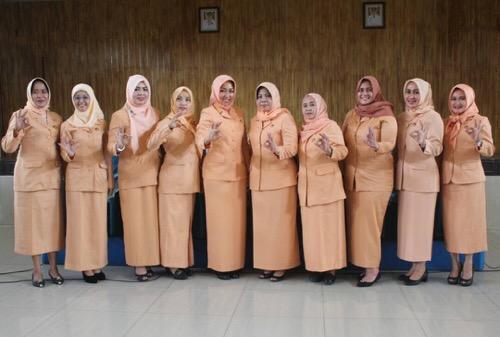 Penasehat Dharma Wanita Medan Kukuhkan Ketua Persatuan Dharma Wanita