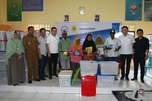PT Karpowership dan PLN Bagikan 200 Paket Ramadan di Belawan