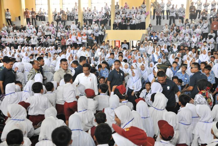 Presiden Jokowi Sedih Medsos Banyak Diisi Ujaran Kebencian dan Saling Cemooh