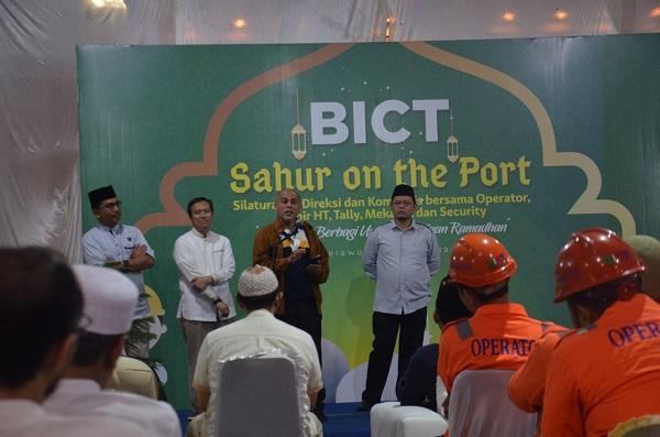 Belawan International Container Terminal Gelar Sahur On The Port