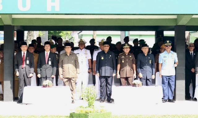 Walikota Medan Ikuti Upacara Peringatan Hari Kebangkitan Nasional ke-111 di Lapangan Benteng