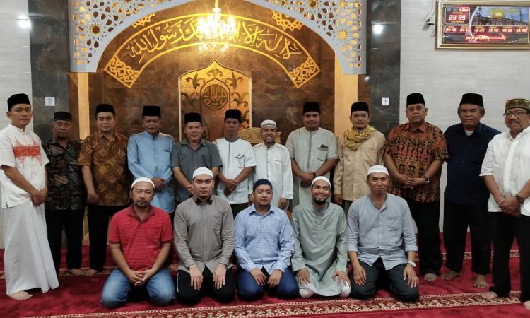 Tim Safari Ramadhan Kecamatan Deli Tua Buka Puasa Bersama Jemaah Masjid Al Akbar Grand Monaco