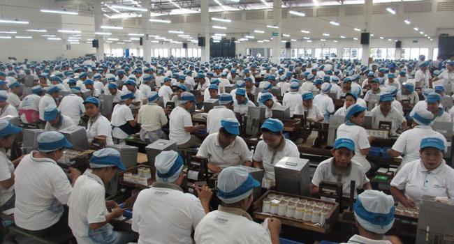 Menaker Minta Gubernur Awasi Aturan Perhitungan THR Pekerja Perusahaan Swasta
