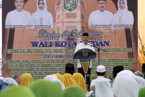Walikota Medan  Buka Puasa Bersama Alim Ulama, MUI, dan Pengurus Organisasi Islam